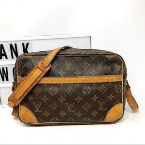 Louis Vuitton Trocadero 27 Monogram Crossbody bag